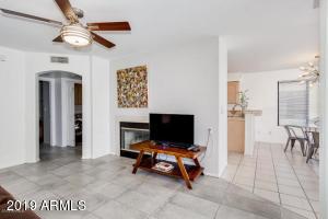 16715 E EL LAGO Boulevard, 108, Fountain Hills, AZ 85268