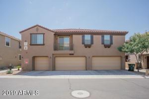 8135 W LYNWOOD Street, Phoenix, AZ 85043