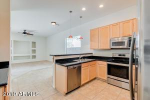 3213 W SENTINEL ROCK Road, Phoenix, AZ 85086