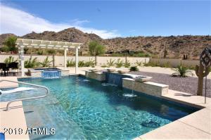Sparkling Pool & Spa Heated