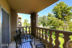7870 E CAMELBACK Road, Scottsdale, AZ 85251
