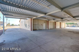 4334 E WINSLOW Avenue, Phoenix, AZ 85040