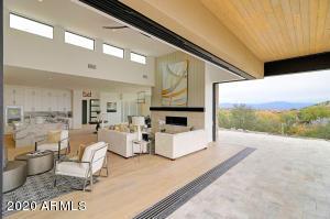 10204 N Fire Canyon Drive, Fountain Hills, AZ 85268