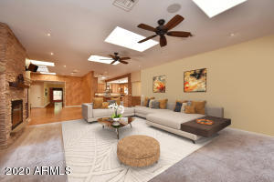Large GREAT room with room for everyone. Virtual furniture!