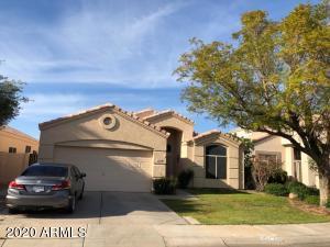 10728 W BERMUDA Drive, Avondale, AZ 85392