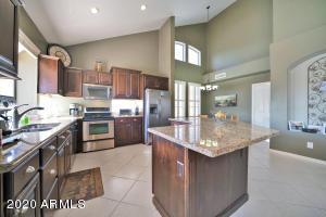 2311 E MOUNTAIN VISTA Drive, Phoenix, AZ 85048