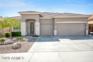 Back on the market! Buyers divorce caused the buyer loan to fail.
