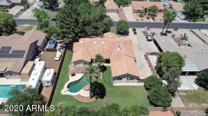 8611 W FOOTHILL Drive, Peoria, AZ 85383