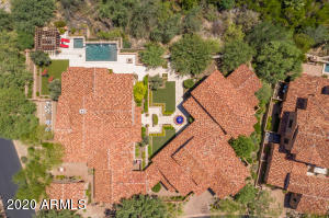 One of only 3 Casitas on Double lots in Horseshoe Canyon.