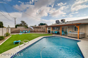 8120 E OSBORN Road, Scottsdale, AZ 85251