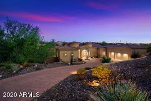 Welcome to Emerald Drive. This meticulously cared for home has so much to offer!