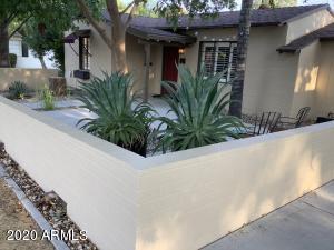 1326 W PALM Lane W, Phoenix, AZ 85007