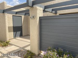 620 S ALLRED Drive, Tempe, AZ 85281