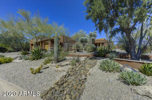 9944 E CHUCKWAGON Lane, Scottsdale, AZ 85262