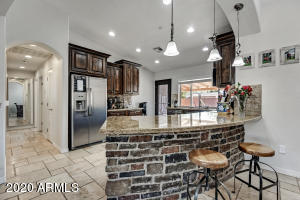 8137 E INDIANOLA Avenue, Scottsdale, AZ 85251