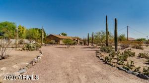 2731 N 80TH Street, Mesa, AZ 85207