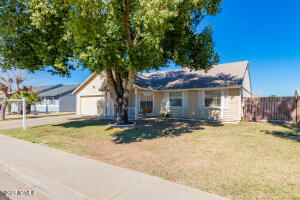 7108 W CHOLLA Street, Peoria, AZ 85345