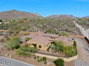 Hidden Gem in the Heart of Mesa with NO HOA