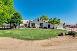 436 W TRIBOULET Lane, San Tan Valley, AZ 85143