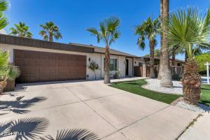 8681 E LATHAM Street, Scottsdale, AZ 85257