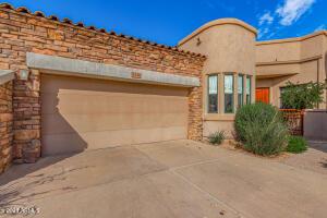 19550 N GRAYHAWK Drive, 1135, Scottsdale, AZ 85255