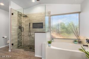 3029 E WOODLAND Drive, Phoenix, AZ 85048