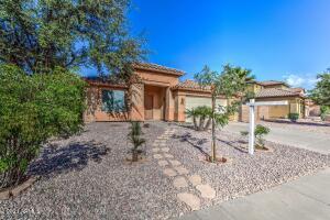 642 W CORRIENTE Court, San Tan Valley, AZ 85143