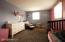 5 Sampson Pkwy, Pittsfield, MA 01201