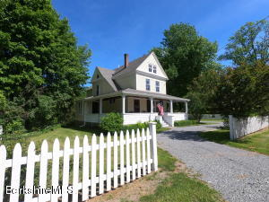526 Water St, Williamstown, MA 01267