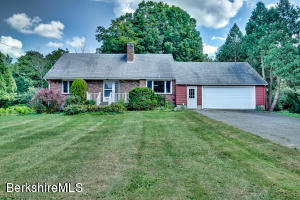 115 Mountain Dr, Pittsfield, MA 01201