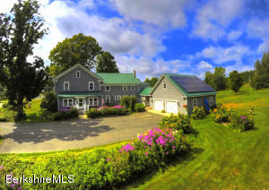 435 Maple St, Hinsdale, MA 01235