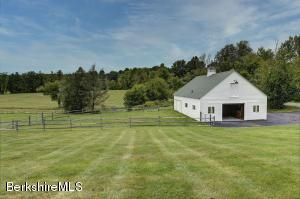 1029 Holmes Rd, Pittsfield, MA 01201