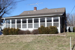 4 BR (2NC), 2 BA Brick & Wood Home with Enclosed Sun Porch