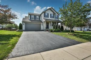 4867 Snowy Creek Drive, Grove City, OH 43123