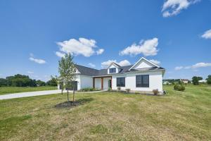 1597 Orvin Circle, Sunbury, OH 43074