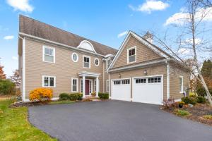 9439 Vista Point Drive, Thornville, OH 43076