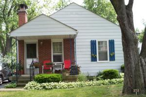 Welcome Home to 494 South Weyant Ave!