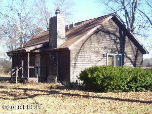 3675 Cross Road, Salem, IL 62881