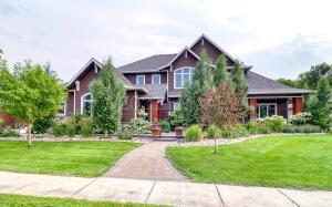 Welcome Home to this stunning custom built home!