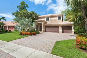 Property for sale at 714 Cypress Green Circle, Wellington,  Florida 33414