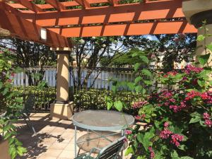 Property for sale at 4197 N Haverhill Road Unit: 204, West Palm Beach,  Florida 33417