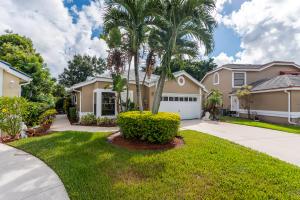 Property for sale at 8079 Covington Court, Lake Worth,  Florida 33467