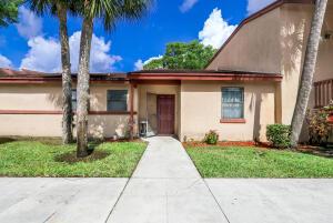 701 Lakeview Dr.East Drive E, Royal Palm Beach, FL 33411