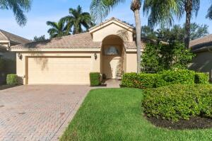 10813 Royal Palladium Place, Boynton Beach, FL 33436