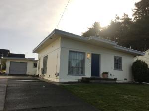 1715 Mcfarlan Street, Eureka, CA 95501