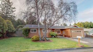 5864 Christopher Drive, Eureka, CA 95503