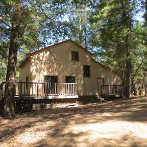 112c Holly Creek Way, Ruth Lake, CA 95526