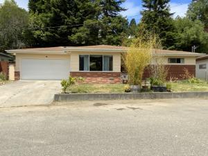 247 Newell Drive, Fortuna, CA 95540