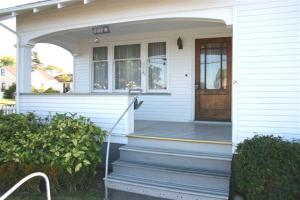 207 W Buhne Street, Eureka, CA 95501