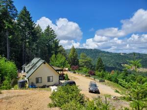 4220 Rancho Sequoia Drive, Alderpoint, CA 95511